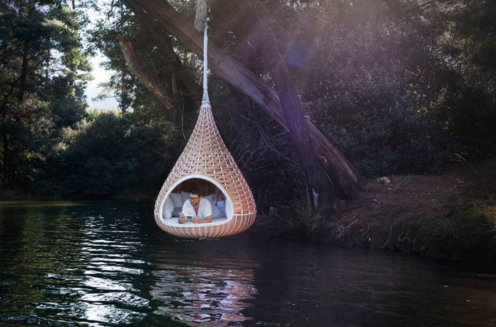 Fantastic Furniture: Outdoor Hanging Chairs